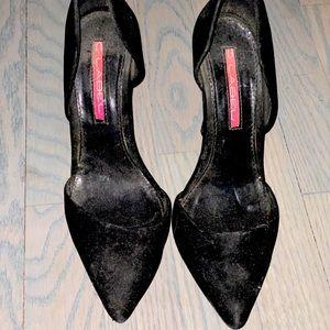 Black Chic Stilettos